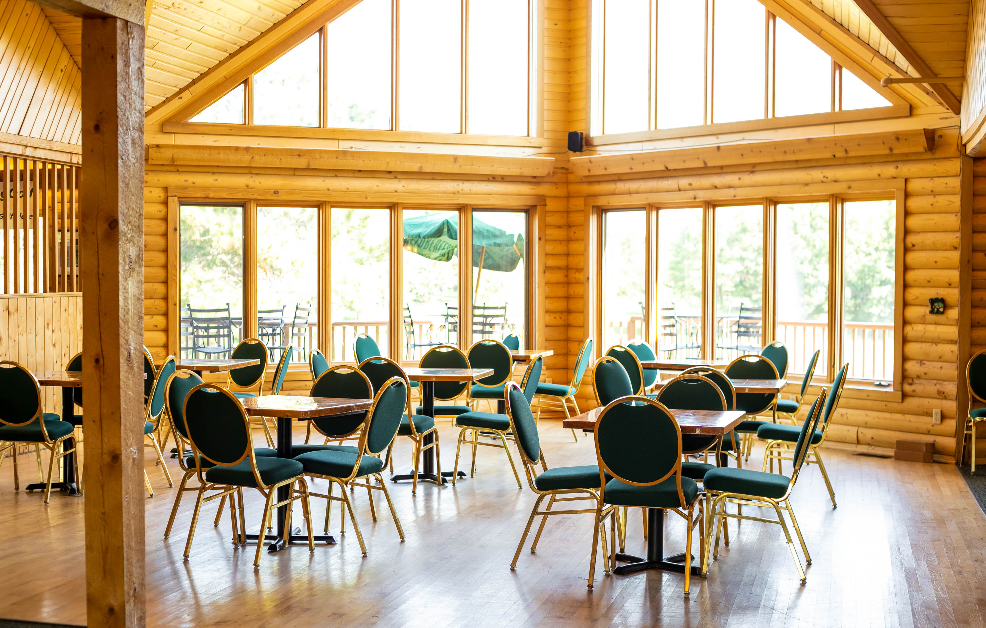 clubhouse view with tables